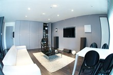 furnished apartment to rent for 2 with terrace in paris XV on rue l'Eglise