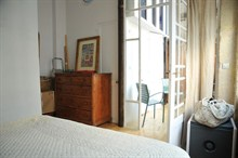 beautiful duplex to rent weekly for 4 guests 2 BR rue Ramey paris 18th