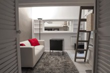 Rent a furnished apartment for 2 in Marais Paris II