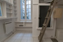 temporary rental for beautiful studio furnished near the Marais Paris 2nd