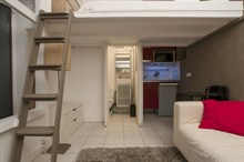 Furnished studio loft to rent for the week sleeps 2 Grands Boulevards Paris II