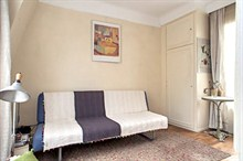 temporary rental for beautiful furnished studio rue de Tocqueville Paris 17th