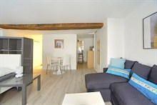Rent a furnished studio for 4 rue Saint Jacques 323 sq ft V