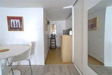 Furnished studio to rent for the month 323 sq ft rue Saint Jacques Paris 5th district