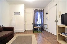 Furnished apartment to rent for the week 215 sq ft avenue de Clichy Paris 17th district