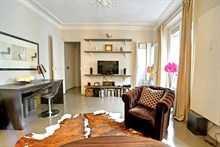 elegant apartment furnished for 4 guests to rent monthly rue Montbrun Paris XIV