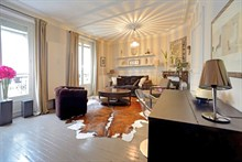 spacious apartment furnished for 4 guests near Porte de Versailles Paris XIV