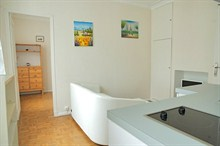 Rent a furnished apartment for 3 in Ternes Paris XVII