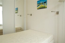 spacious apartment rental sleeps 3 in Ternes Paris 17th