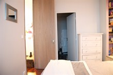 monthly rental for spacious apartment furnished for 4 avenue de Versailles Paris 16th