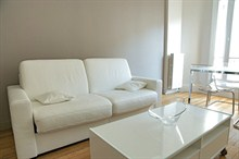 elegant apartment to rent short term with 2 bedrooms for 4 guests rue Broca, Paris 5th