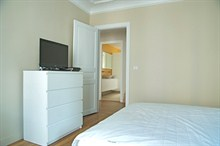 furnished 2 bedroom monthly rental for 4 guests Latin Quarter Paris 5th district