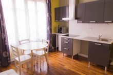 Furnished apartment to rent for the week 323 sq ft on rue Paul Bert Paris 11th district