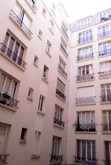 recently renovated apartment for 3 guests to rent in Bastille Paris 11th district