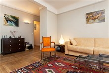 Luxurious turn-key short-term apartment rental with sleeping space for 4 in the Swiss Village, Paris 15th