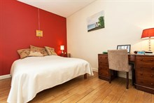Romantic and luxurious apartment in Paris' 15th district Swiss Village with tiled shower and 2 rooms