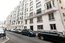 2-room apartment available for monthly rental, sleeps 4 in the Swiss Village, Paris 15th