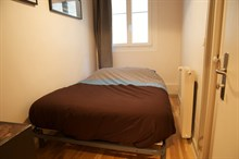 Home away from home in this furnished 3-room apartment for 4, Rue Rocroy, Paris 10th