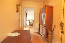Monthly accommodation in a generously sized 2-room apartment w/ balcony, rue Lecourbe, Paris 15th