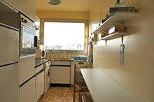 Comfortable accommodation for 3/4 people in a spacious apartment w/ balcony, rue Lecourbe, Paris 15th