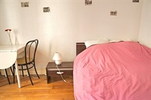 Weekly studio apartment rental for 2 at Daumesnil, Paris 12th near Nation