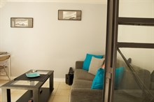 Lodging for short-term stays in furnished studio for 2 in the Triangle d'Or, Paris 8th
