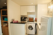 Furnished studio for 2 in the Triangle d'Or, Paris 8th, Weekly or monthly accommodation
