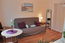 Short-term rental for 2 in furnished studio, rue des Patriarches, Paris 5th