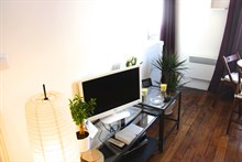 Monthly rental for 2 in a furnished studio in the Latin Quarter, rue des Patriarches, Paris 5th