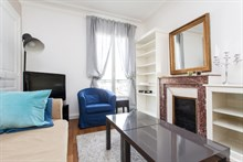 Monthly rental in 53m2, 3-room flat for 6 at Avenue de Versailles, Paris 16th
