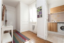 Weekly rental of furnished 3-room apartment at Avenue de Versailles, Paris 16th