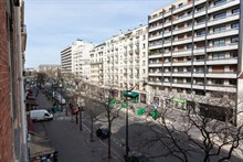 Fantastic 3-room apartment available for weekly rent at Avenue de Versailles, Paris 16th