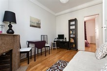4-person Accommodation in a furnished apartment in Batignolles, Paris 17th