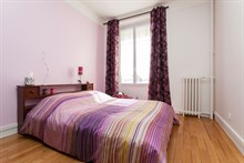 Holiday rental for family or friends near Batignolles, Paris 17th, flat sleeps 4