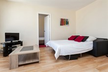 2 room furnished and well equipped apartment for 4 available for short-term rental at Montparnasse Tower, Paris 14th