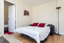 Temporary apartment rental, 2 rooms, perfect for 4 people near Montparnasse Tower, Paris 14th