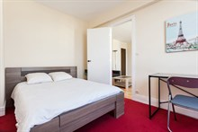Weekly furnished apartment rental near Montparnasse Tower, comfortably sleeps 4, Paris 14th