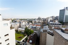 Weekly rental of furnished 2-room flat in a modern building at the foot of the Montparnasse Tower, Paris 14th