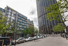 Monthly rental of a splendid 2 room apartment at the foot of the Montparnasse Tower, Paris 14th
