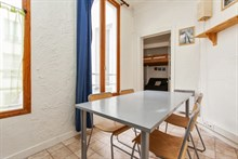 Well-equipped weekly apartment rental for 4 at Maire à Arts et Métiers, rue au Marie, Paris 3rd