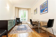 seasonal rental apartment for 4 guests 377 sq ft rue de Vouillé Paris 15th