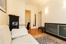 short term rental for furnished apartment on rue de Vouillé Paris XV