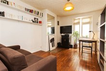 short term rental apartment for 2 guests on Boulevard de la Villette in Jaures, Paris, 19th