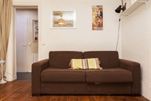 furnished apartment to rent short term for 2 guests 300 sq ft paris 19th district