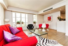 furnished apartment to rent weekly for 2 or 4 in Paris 6th