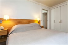temporary rental for beautiful apartment 2 or 4 guests Paris 6th