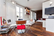 short term apartment furnished for 3 guests 430 sq ft rue Vielle du Temple Paris IV
