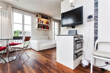 elegant studio to rent for 3 guests on rue Vielle du Temple Paris 4th district