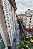 charming studio rental recently furnished for 3 in the Marais Paris IV