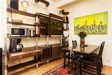 beautiful weekend rental furnished for 2 on rue Paul Bert Paris xi